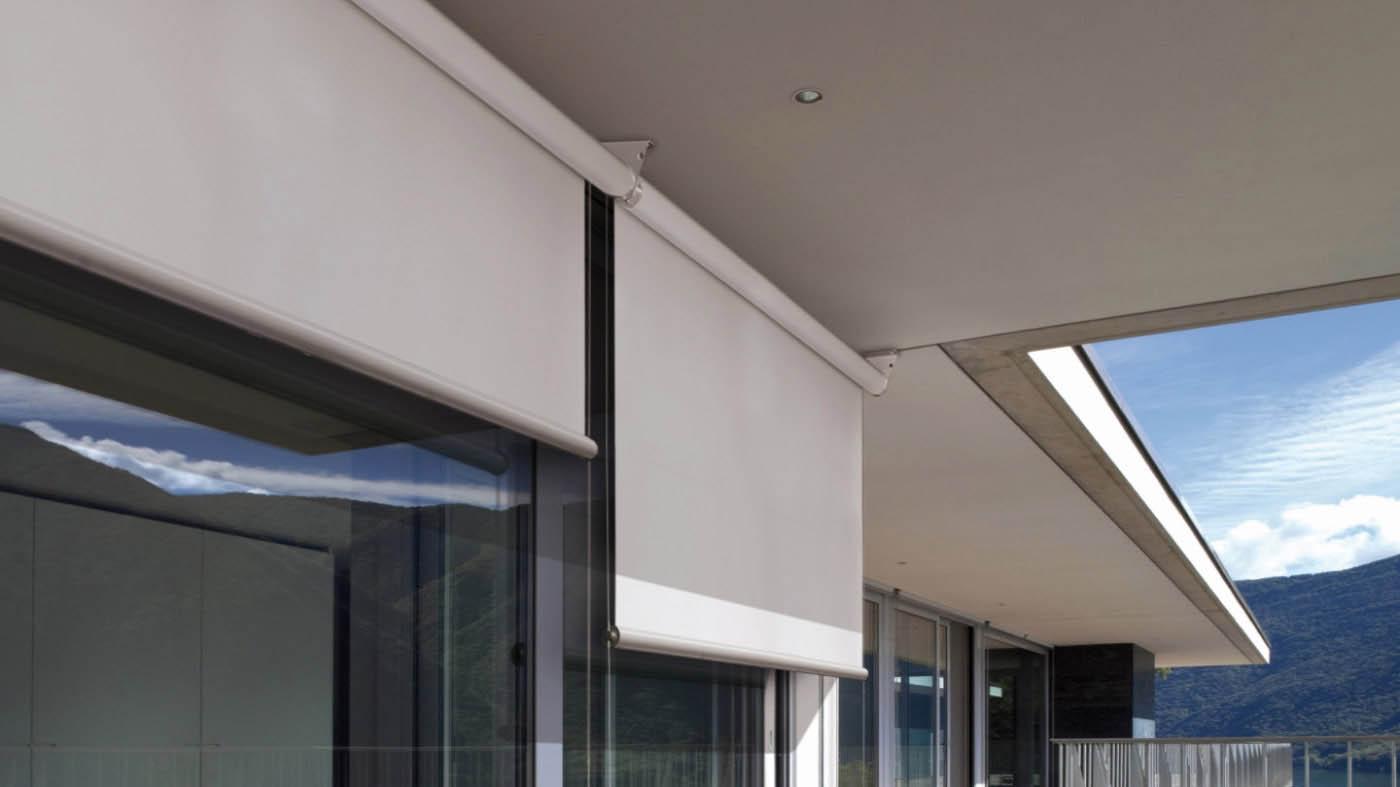 toldo vertical front cable sin cofre y loca microperforada